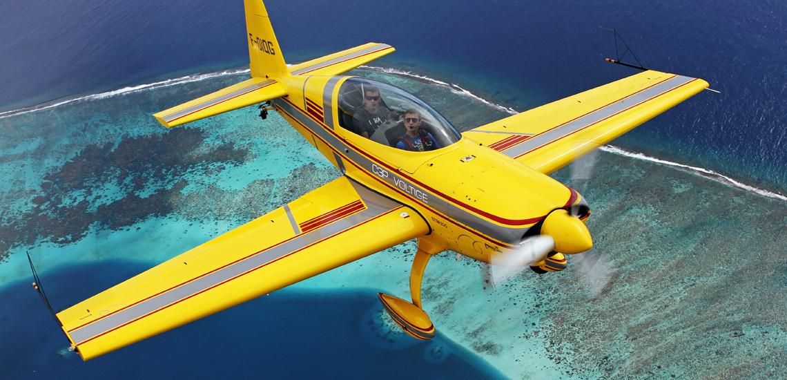 https://tahititourisme.es/wp-content/uploads/2017/08/Extra-200-Aerobatic-Flight-©-C3P.PF_.jpg