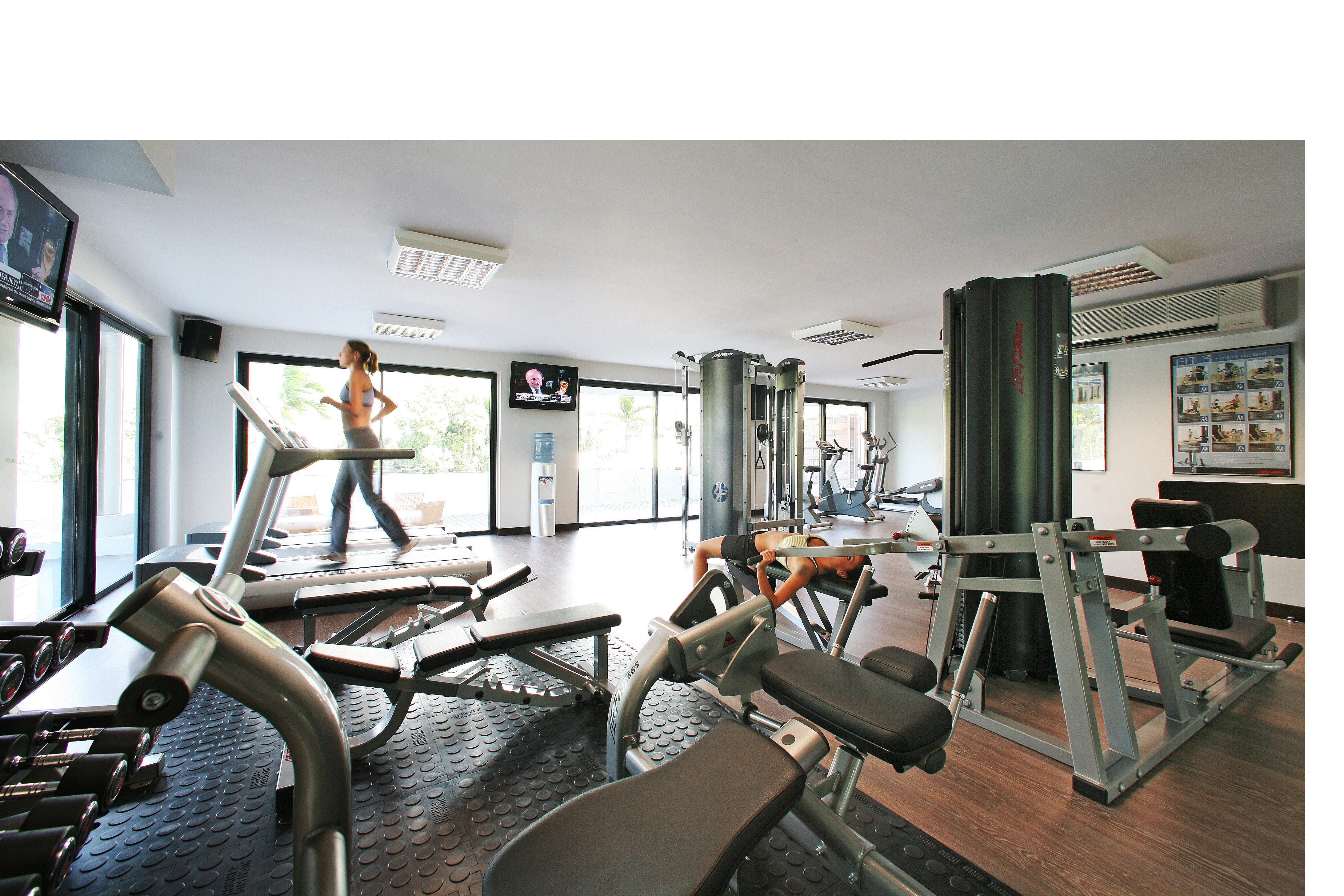 https://tahititourisme.es/wp-content/uploads/2017/08/Fitness-centre-2.jpg
