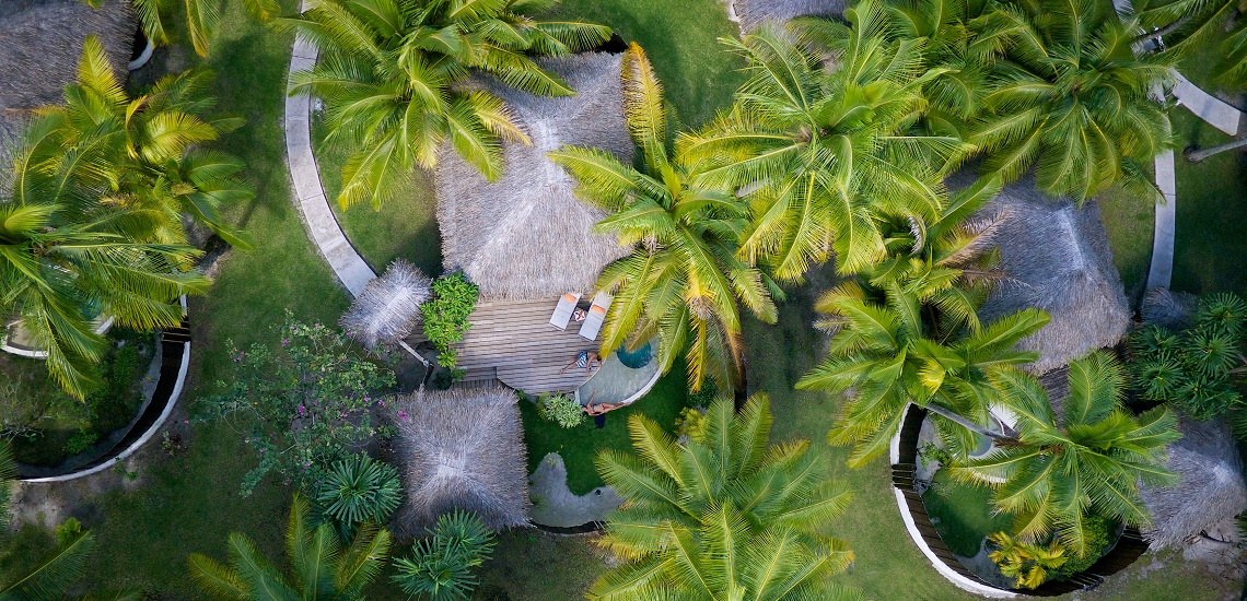 https://tahititourisme.es/wp-content/uploads/2017/08/HEBERGEMENT-Bora-Bora-Pearl-Beach-Resort-2.jpg