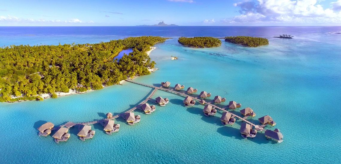 https://tahititourisme.es/wp-content/uploads/2017/08/HEBERGEMENT-Le-Tahaa-Island-Resort-Spa-2.jpg