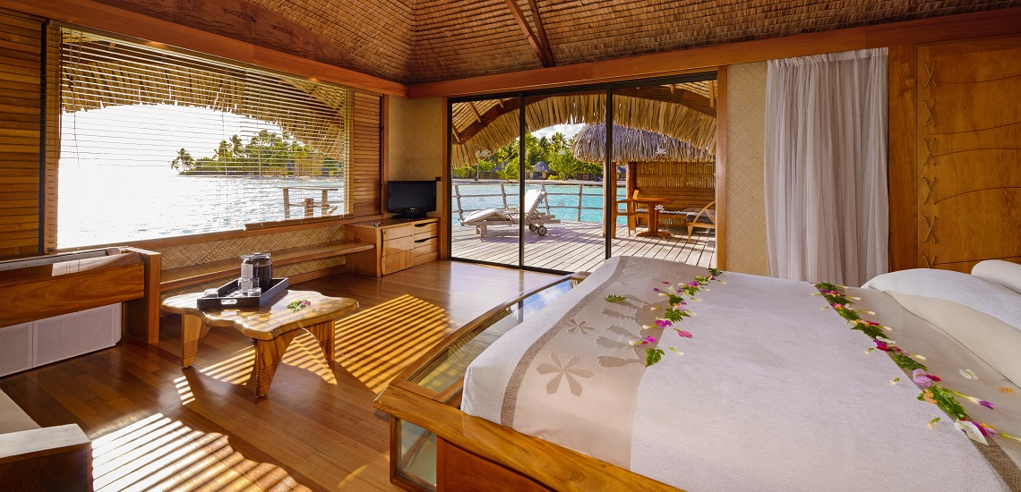 https://tahititourisme.es/wp-content/uploads/2017/08/HEBERGEMENT-Tahaa-Island-Resort-Spa-3.jpg