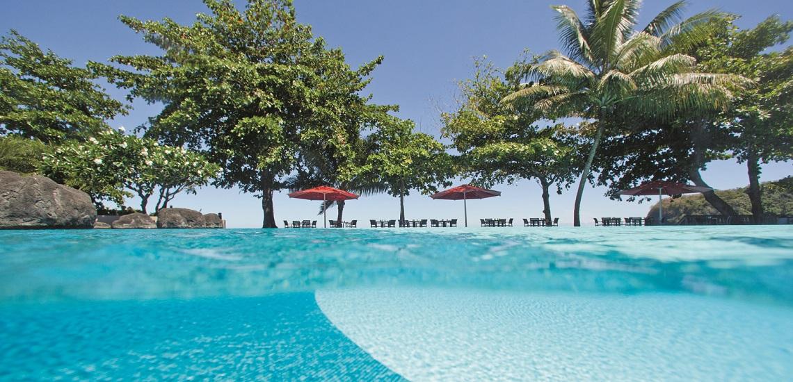 https://tahititourisme.es/wp-content/uploads/2017/08/HEBERGEMENT-Tahiti-Pearl-Beach-Resort-3.jpg
