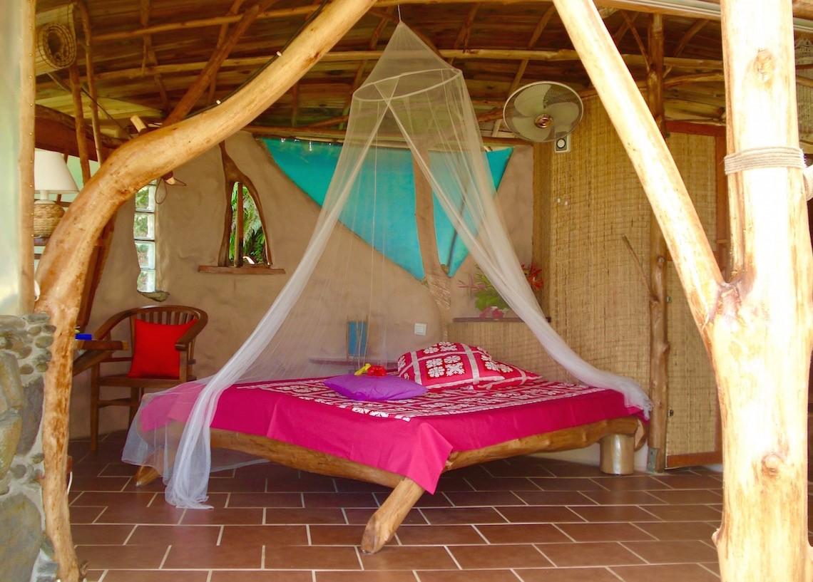 https://tahititourisme.es/wp-content/uploads/2017/08/HEBERGEMENT-Vanira-Lodge-1.jpg