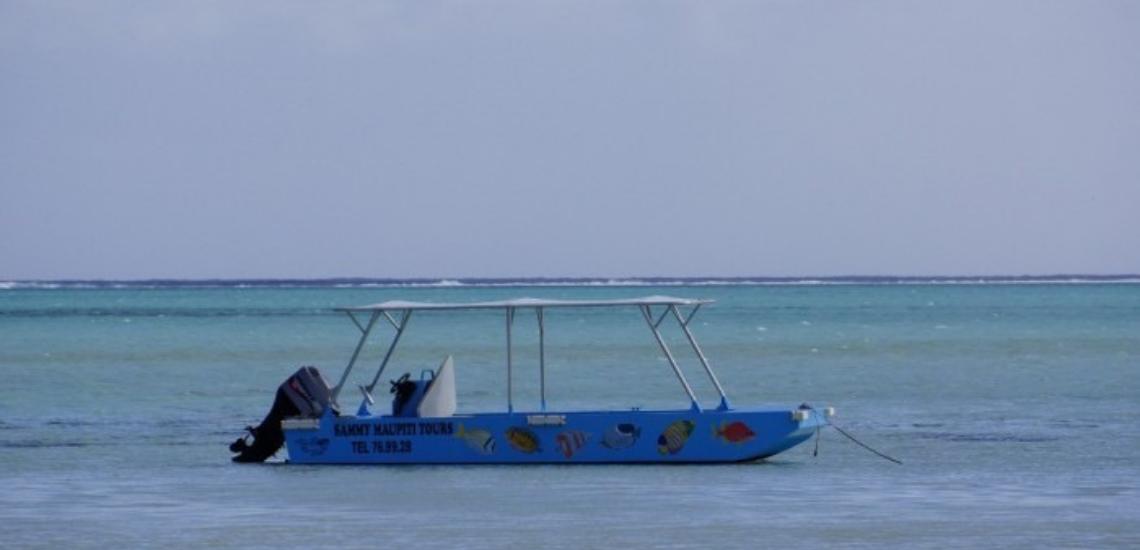 https://tahititourisme.es/wp-content/uploads/2017/08/Sammy-Maupiti-Lagoon-Tours.png