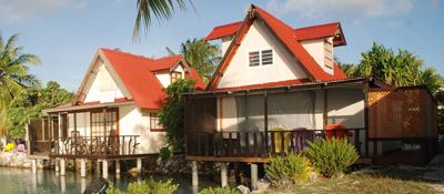 https://tahititourisme.es/wp-content/uploads/2017/08/bungalow-lagon.jpg