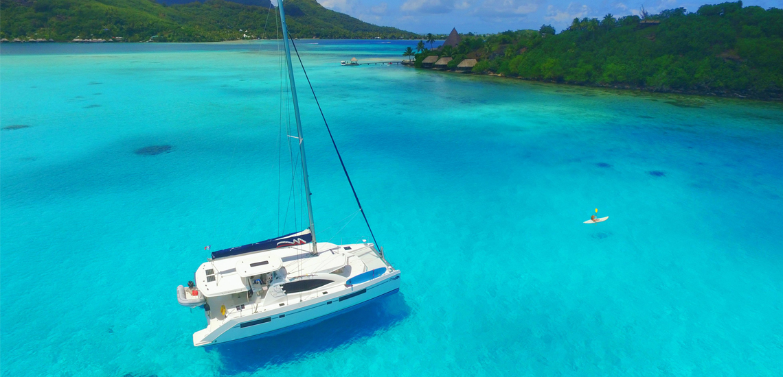 https://tahititourisme.es/wp-content/uploads/2020/05/TheMoorings_Sailing_Catamaran_Kayak_Tahiti_1140x550_web.jpg